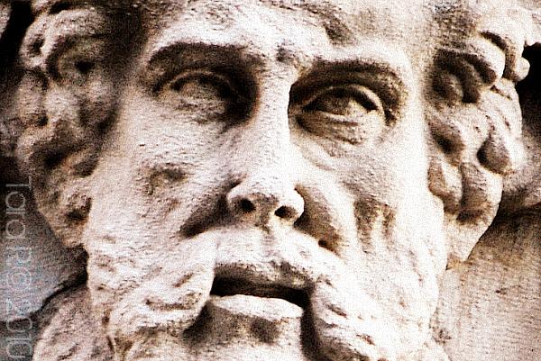 statue face