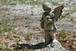 angel grave marker