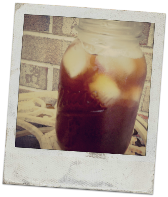 mason jar of iced tea