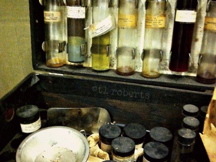 vintage medicine case