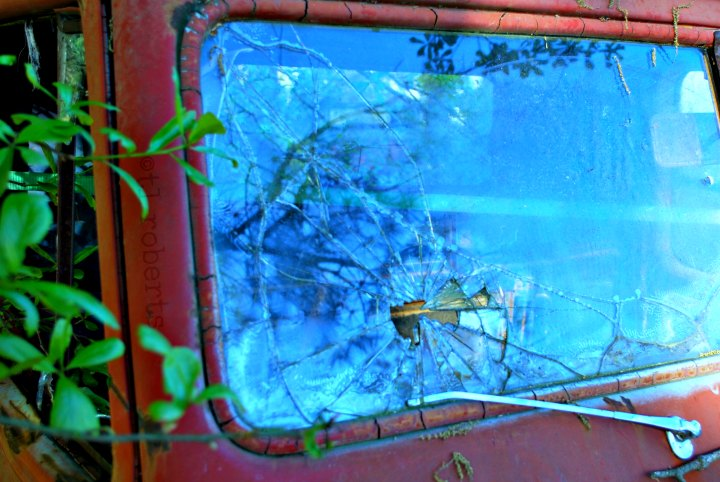 broken truck windshield