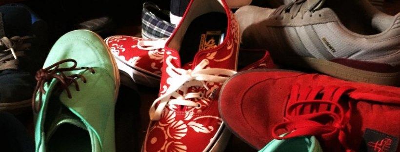 skate shoes pile
