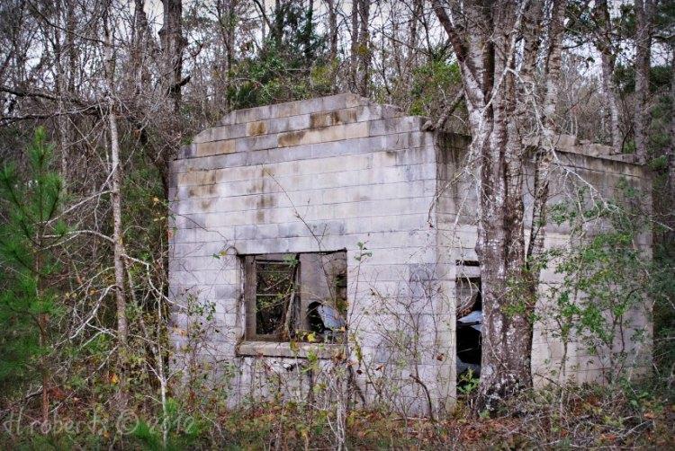 abandoned block building