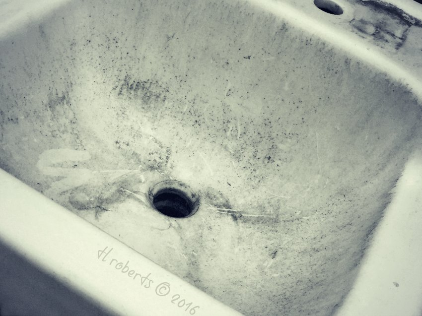 old dirty sink