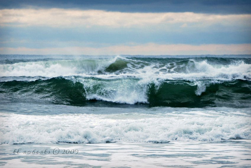 churning ocean wave